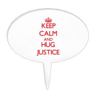 Mantenga justicia tranquila y del abrazo palillos de tarta