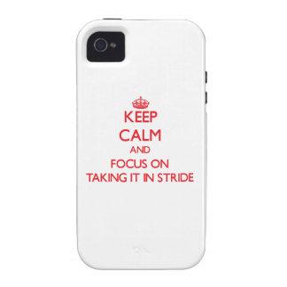 Mantenga la calma y el foco en tomarlo paso grande vibe iPhone 4 carcasa