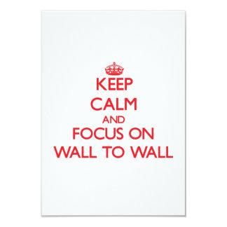 """Mantenga la calma y el foco encendido de pared a invitación 3.5"""" x 5"""""""