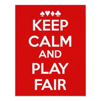 Mantenga la calma y el juego justos invitación 10,8 x 13,9 cm