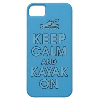 mantenga la calma y la paleta divertida del kajak iPhone 5 funda