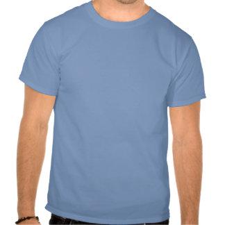 mantenga la calma y la paleta divertida del kajak camisetas