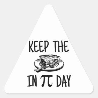 Mantenga la empanada día del pi pegatina triangular