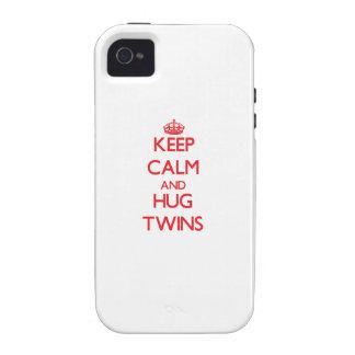 Mantenga los gemelos tranquilos y del abrazo Case-Mate iPhone 4 funda