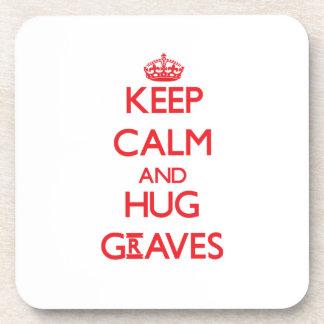 Mantenga los sepulcros tranquilos y del abrazo posavasos