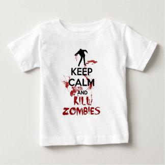 Mantenga los zombis tranquilos y de la matanza playera para bebé