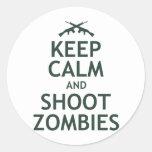 Mantenga los zombis tranquilos y del lanzamiento etiquetas redondas