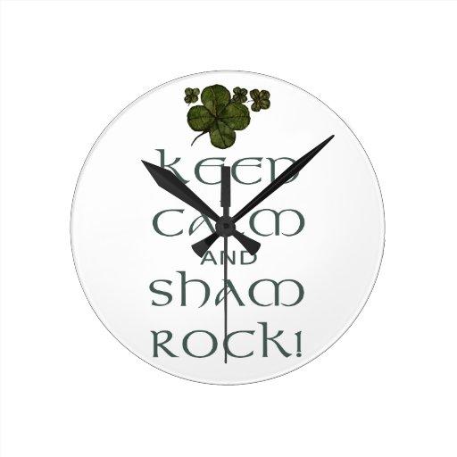 ¡Mantenga roca tranquila y del impostor! Reloj De Pared