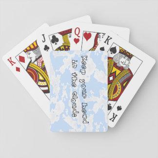 Mantenga su cabeza las nubes cartas de juego