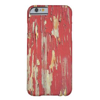 Mantenga sus ojos pelados, pelando la pintura rojo funda de iPhone 6 barely there