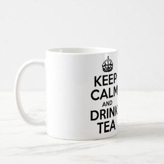 Mantenga té tranquilo y de la bebida taza básica blanca