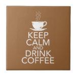 Mantenga teja tranquila y de la bebida del café