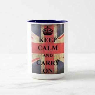 Mantenga tranquilo para continuar la bandera taza de café de dos colores