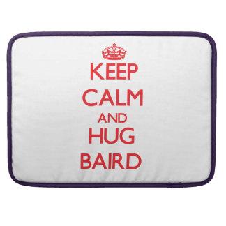 Mantenga tranquilo y abrazo Baird Fundas Para Macbooks