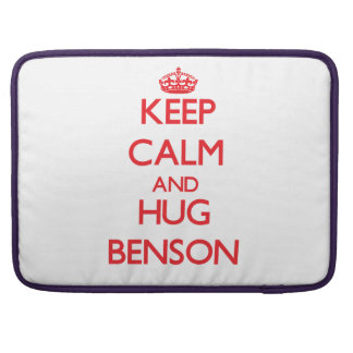 Mantenga tranquilo y abrazo Benson Fundas Para Macbooks