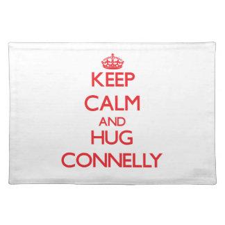 Mantenga tranquilo y abrazo Connelly Mantel Individual