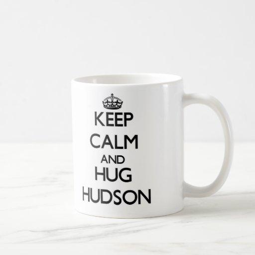 Mantenga tranquilo y abrazo el Hudson Taza Clásica