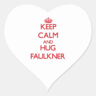 Mantenga tranquilo y abrazo Faulkner Pegatina En Forma De Corazón
