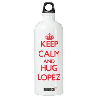 Mantenga tranquilo y abrazo López