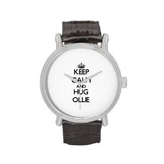 Mantenga tranquilo y abrazo Ollie Reloj