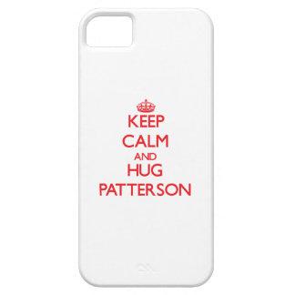 Mantenga tranquilo y abrazo Patterson iPhone 5 Case-Mate Cárcasa