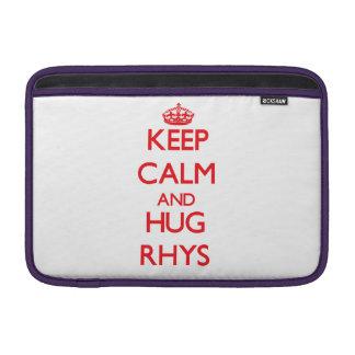 Mantenga tranquilo y ABRAZO Rhys Fundas MacBook