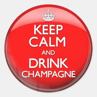Mantenga tranquilo y bebida Champán (continúe) Pegatina Redonda