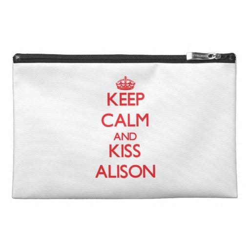 Mantenga tranquilo y beso Alison