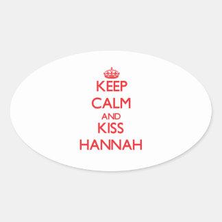 Mantenga tranquilo y beso Hannah Pegatina Ovalada