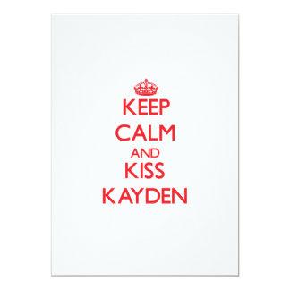 Mantenga tranquilo y beso Kayden Invitación Personalizada