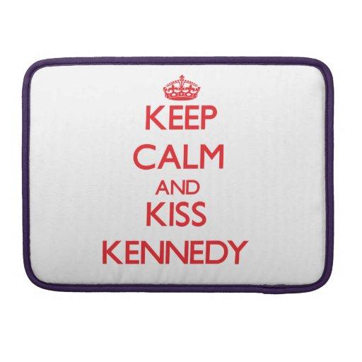 Mantenga tranquilo y beso Kennedy Fundas Para Macbook Pro
