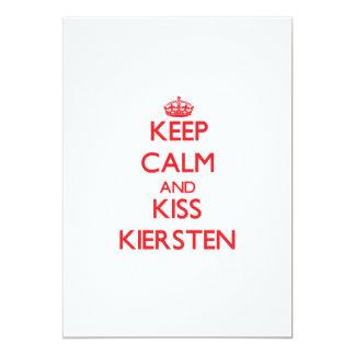 Mantenga tranquilo y beso Kiersten Comunicados