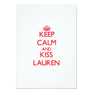 Mantenga tranquilo y beso Lauren Comunicados