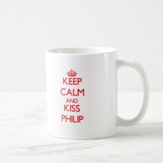 Mantenga tranquilo y beso Philip Tazas