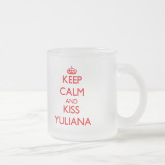 Mantenga tranquilo y beso Yuliana Taza Cristal Mate