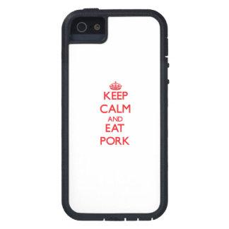 Mantenga tranquilo y coma el cerdo iPhone 5 Case-Mate cárcasas