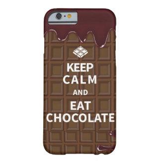 Mantenga tranquilo y coma el chocolate funda barely there iPhone 6