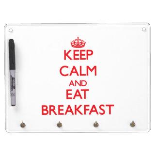 Mantenga tranquilo y coma el desayuno pizarras
