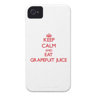 Mantenga tranquilo y coma el jugo de Grapefuit iPhone 4 Case-Mate Cobertura