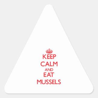 Mantenga tranquilo y coma los mejillones colcomanias de triangulo personalizadas
