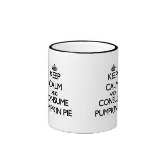 Mantenga tranquilo y consuma el pastel de calabaza tazas