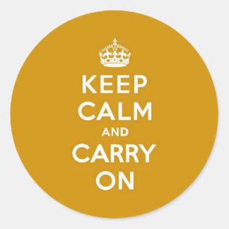 Mantenga tranquilo y continúe el amarillo de pegatina redonda