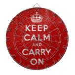 Mantenga tranquilo y continúe el rojo del Grunge d Tabla Dardos