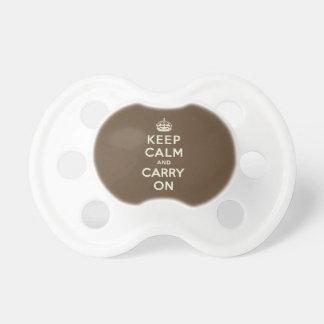 Mantenga tranquilo y continúe la vainilla en marró chupetes para bebes