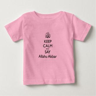 Mantenga tranquilo y diga la camiseta rosada del playera para bebé