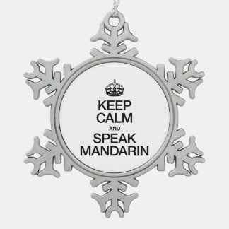 MANTENGA TRANQUILO Y HABLE EL MANDARÍN ADORNO DE PELTRE EN FORMA DE COPO DE NIEVE