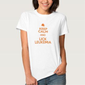 Mantenga tranquilo y lama la leucemia - conciencia playera