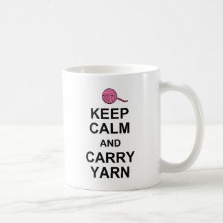 Mantenga tranquilo y lleve el hilado tazas de café