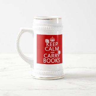 Mantenga tranquilo y lleve los libros (en cualquie taza