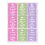 Mantenga tranquilo y tenga collage del té tarjetas postales